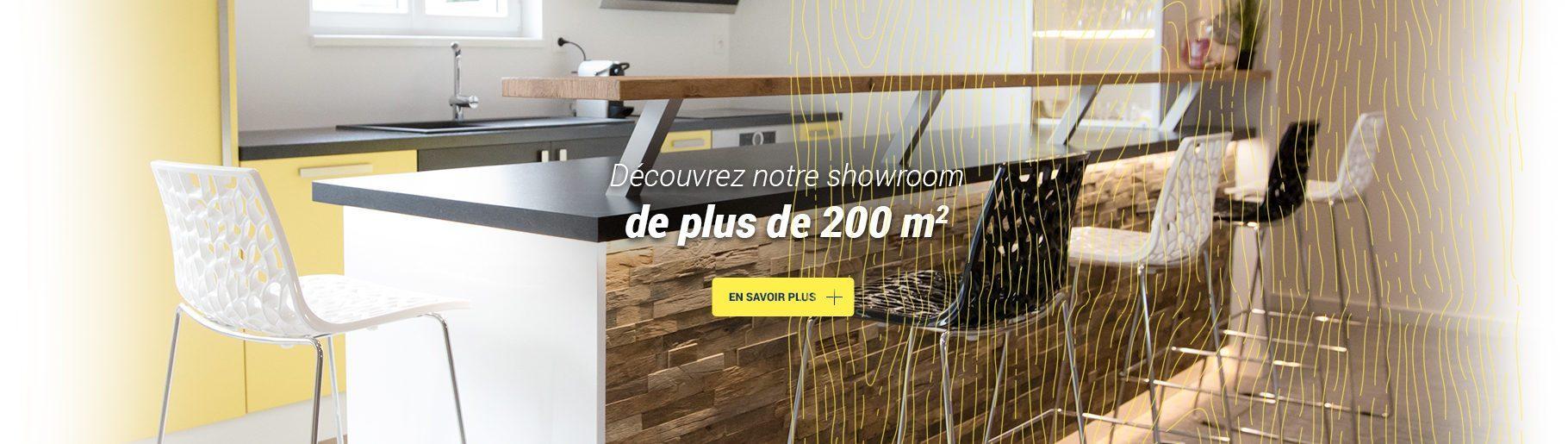 "<img width=""1820"" height=""515"" src=""http://www.menuiserie-kleim.fr/app/uploads/2017/06/showroom-1820x515.jpg"" class=""attachment-full size-full wp-post-image"" alt=""Showroom"" title=""Showroom"" data-copyright="""" data-headline=""showroom-1820x515"" data-description="""" />"